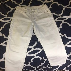 Women's cropped white jeans